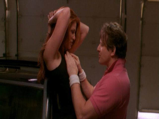 *Video:angie everhart | the real deal